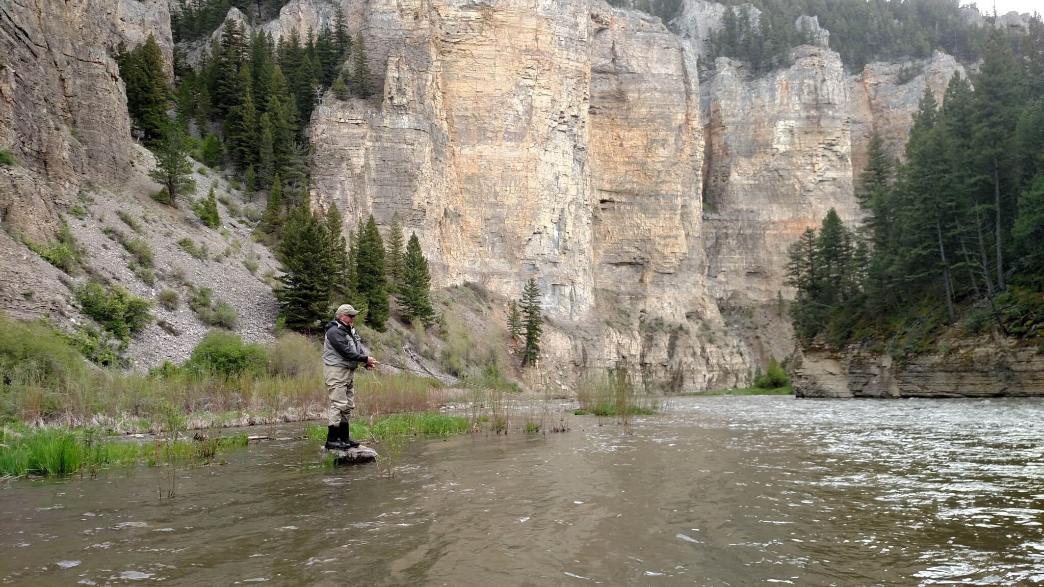 Montana Smith River fly fishing - Canyon Depths