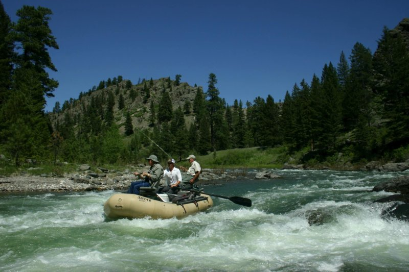 Float fly fishing trips down Montana's Dearborn River.